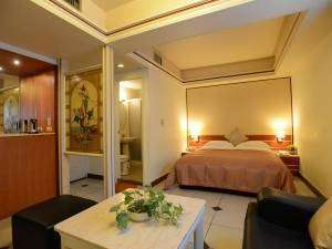 Keelung Accommodation, Family Suit, Keelung Miaokou