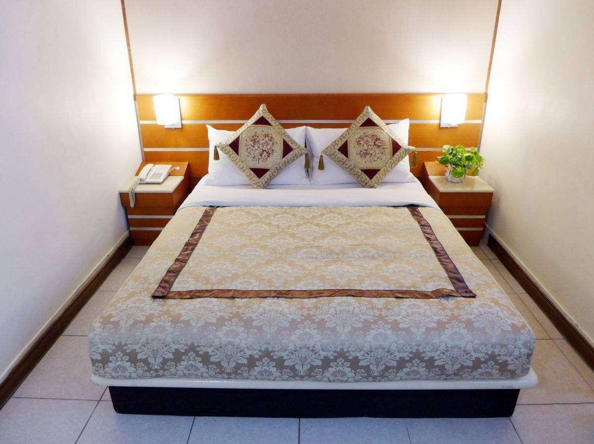 華國商務飯店標準單床雙人房